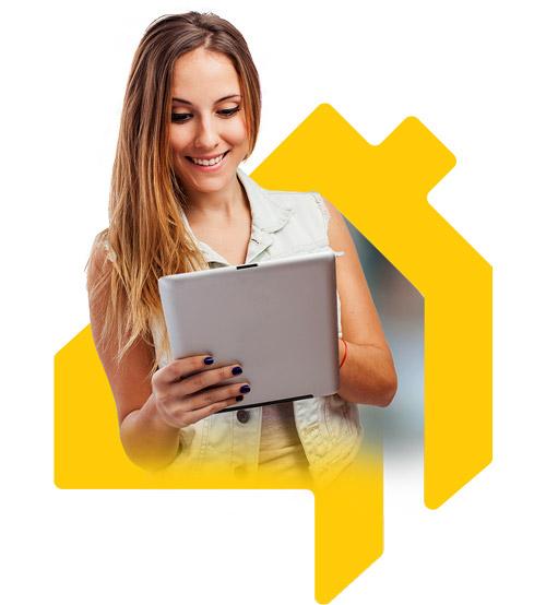 mulher com tablet atendimento constru cloud